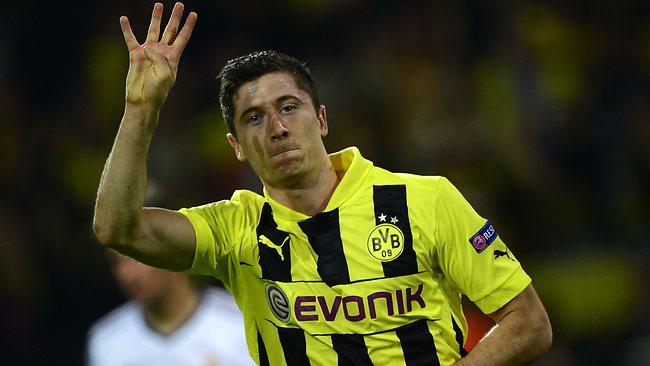 Levandovski proslavlja četvrti gol